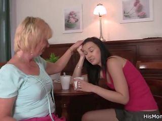 äiti ja tytär lesbo XXX videot